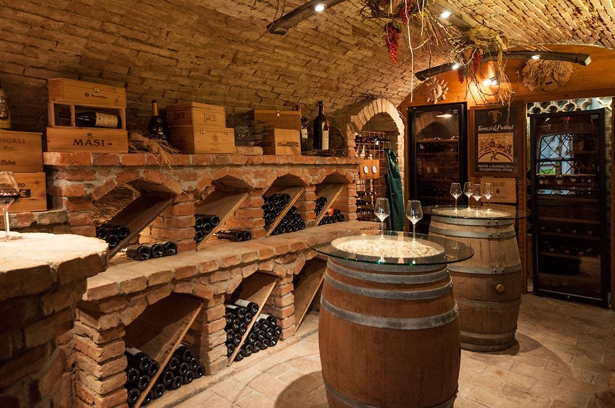 Weinkeller im Gasthof Sonne, Aschach