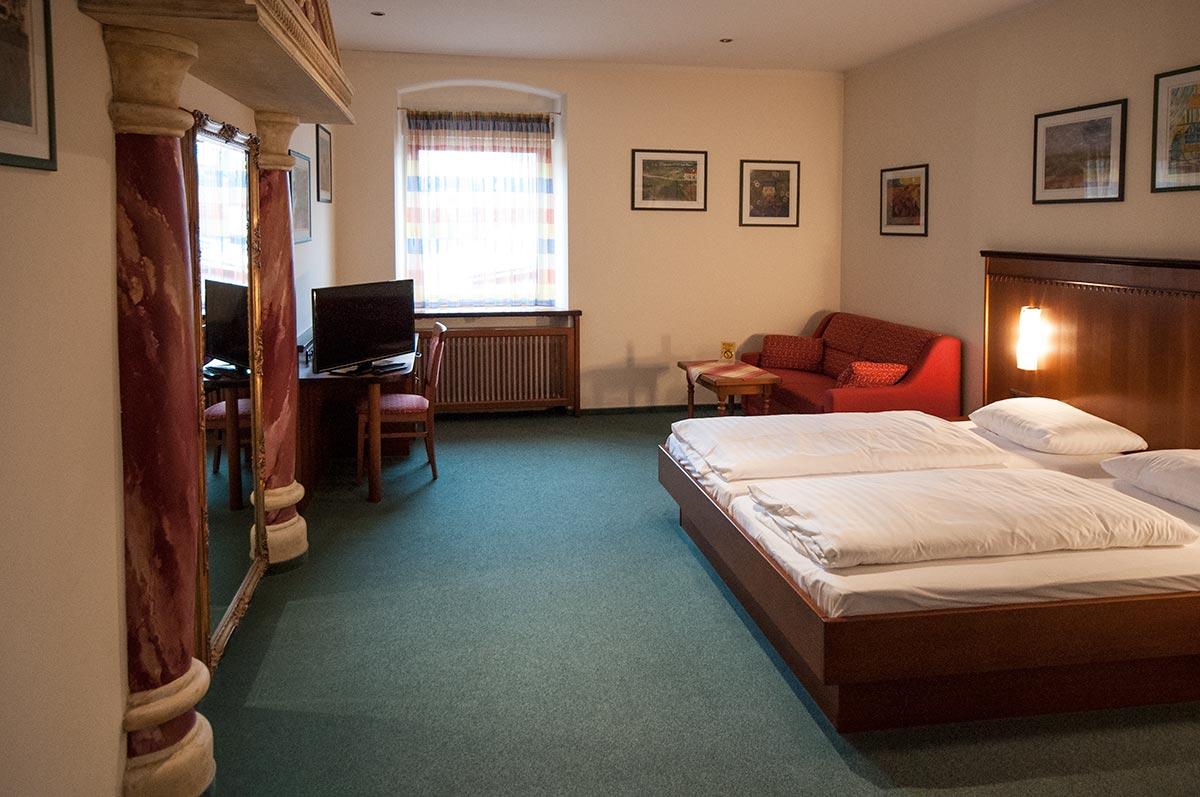 Aschach, Zimmer am Donausteig