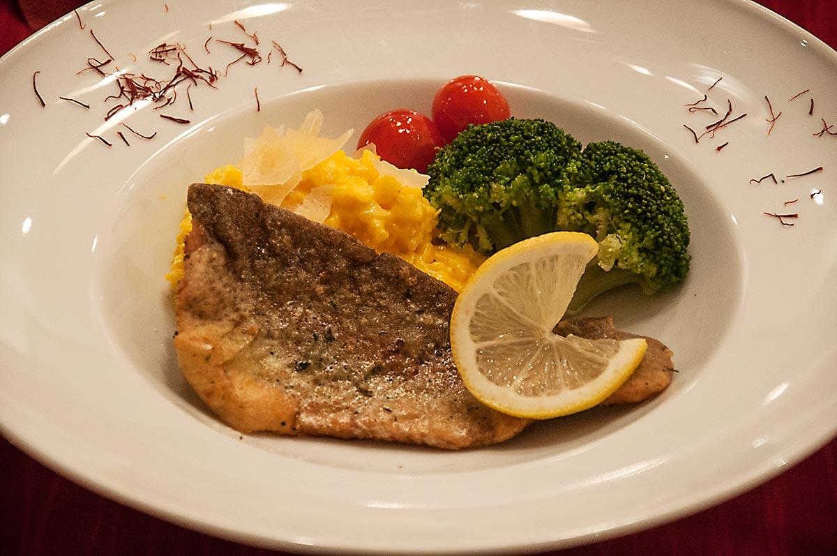Fischfilet mit Safranrisotto, Fischwochen, Heringsschmaus